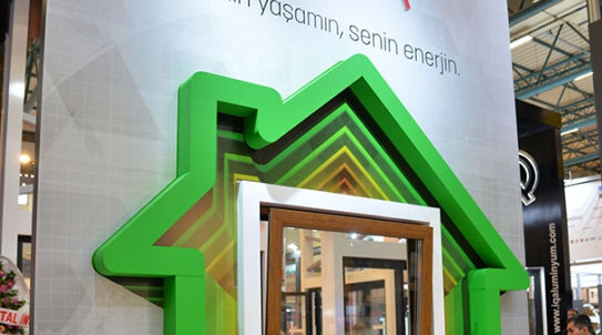 Pimapen Introduces Its Concept for 2018 at Eurasia Window.